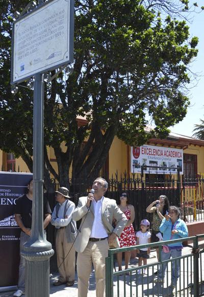 El alcalde Figueroa en el hito 2.